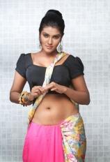 actress-rythamika-hot-pics