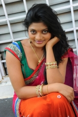 soumya-hot-saree-stills