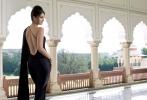 aishwarya-rai-goes-backless-photos