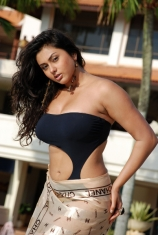 namitha-hot-photos-16