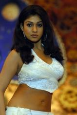 nayanatara-hot-and-sexy-still