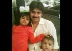 pawan-kalyan-with-his-daughters