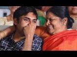 pawan-kalyan-with-his-mother