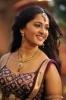 beautiful-anushka-in-rudrama-devi-movie
