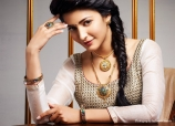 shruthi-hassan-photoshoot-for-jewellery