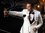 Matthew McConaughey with Oscar