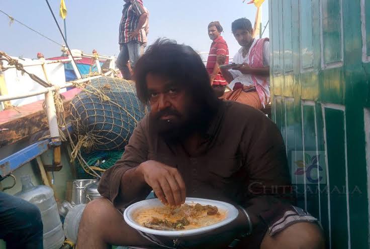 Koothara-Malayalam-Movie-Photos