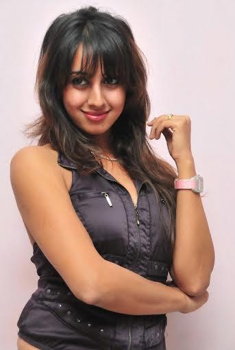 Sanjana-Deglam-in-Malayalam