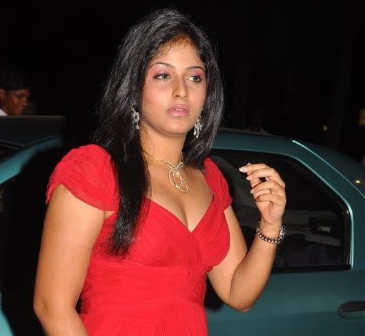 Anjali-Fight