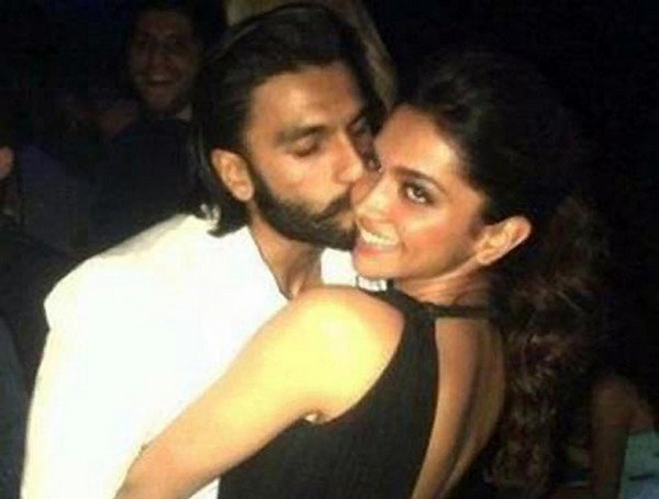 Deepika-Ranveer-Kissing