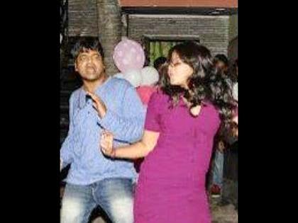 Heroine-Anjali-Late-Night-Party-photos