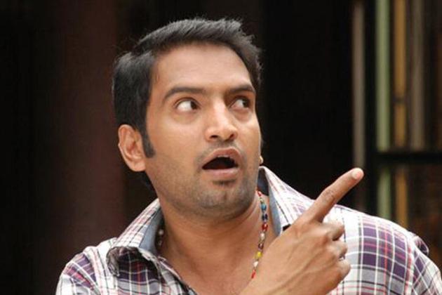 Santhanam-Tamil-Comedian