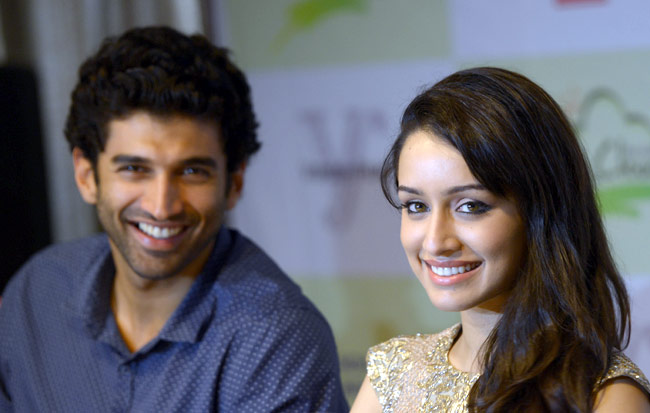 aditya-roy-and-shraddha-kapoor-secret-vacation