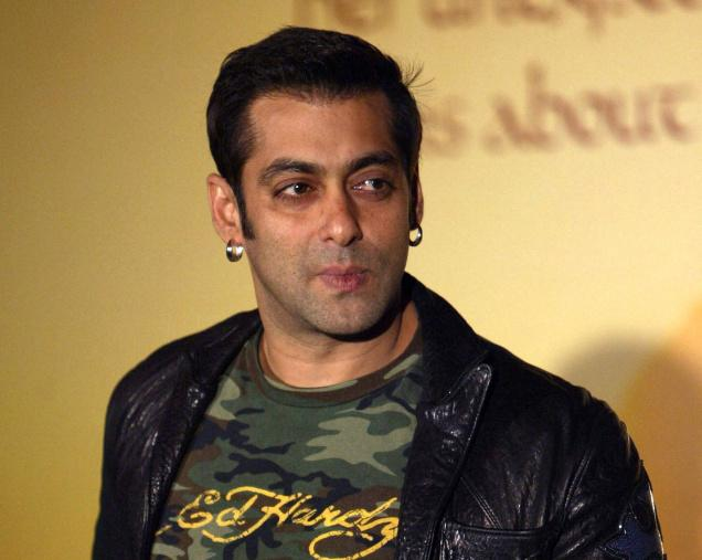 Salman-Banned-By-Photographers