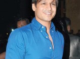 Vivek-Oberoi-in-Bank-Chor