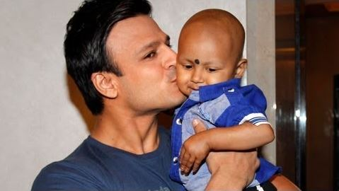 Vivek-Oberoi-with-his-son