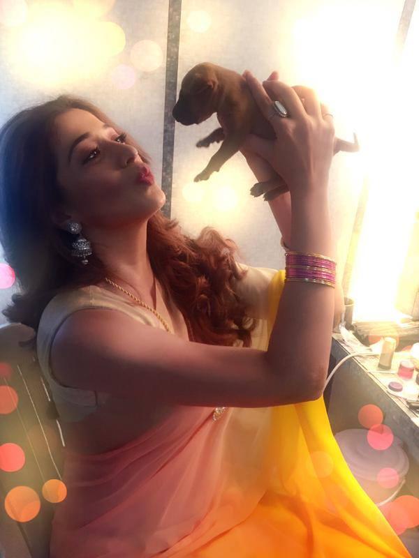 Rai Lakshmi with her pet