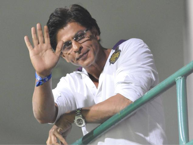 Shah Rukh Khan 10 Million Twitter Fans