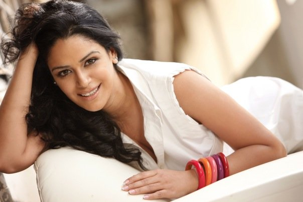 Heroone Mona Singh Pregnant Roles