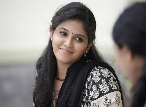 Heroine Anjali One Crore Offer