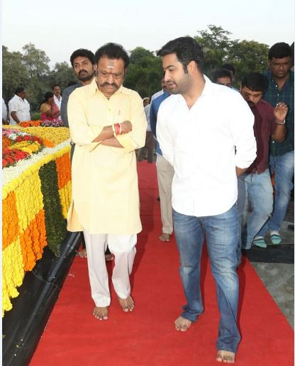 Junior NTR and Harikrishna at NTR Ghat