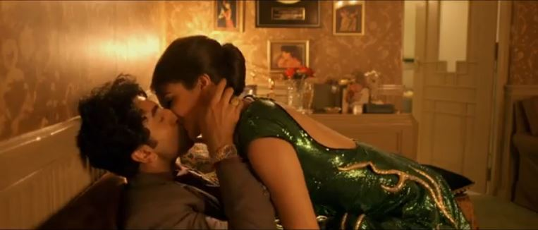 Anushka and Ranbir Kiss in Bombay Velvet