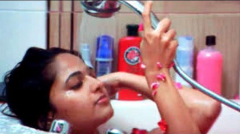 Anushka Fake MMS Video Leaked