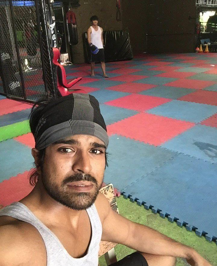 Ram Charan Working Hard for Srinu Vaitla Movie