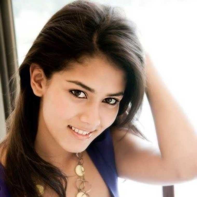 Delhi Girl Meera Rajput