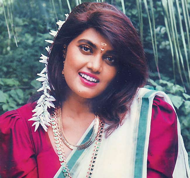 Silk Smitha Died Early