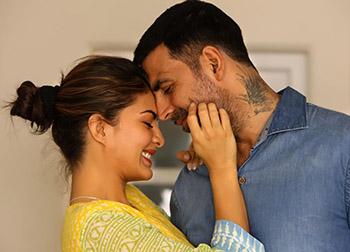 Akshay Kumar and Jacqueline Fernandez in Brothers Movie