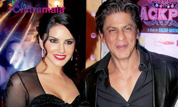 Sunny Leone and SRK Item Song
