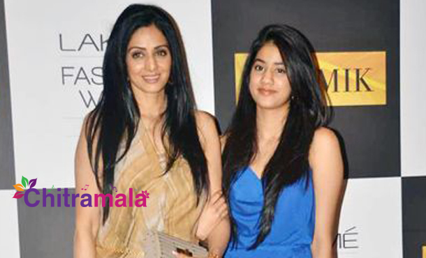 Sridevi with her daughter Jhanvi