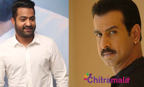 Jr NTR and Bollywood actor Ronit Roy