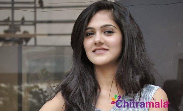 Simran Choudhary -Miss India Title