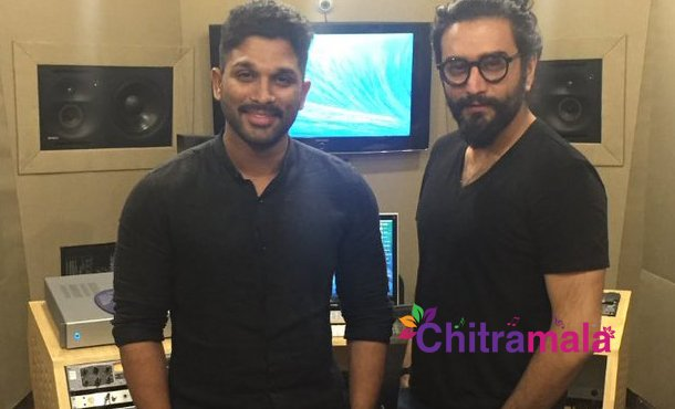 Allu Arjun busy with music sittings