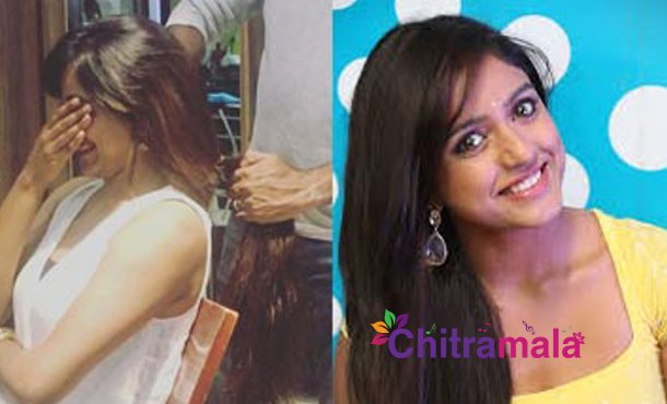 Vithika Sheru Donates Hair
