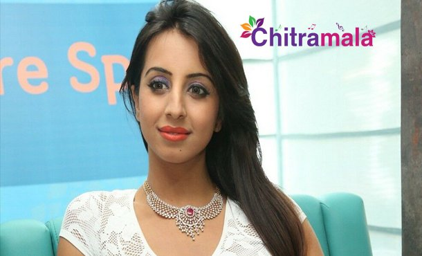 Sanjana Cheated by Chit Fund Company