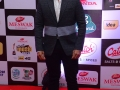 Celebs-at-Mirchi-Awards-2016-Photos (65)
