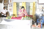 divya-vani-pay-tribute-to-bapu-photos