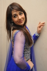 mandy-takhar-stills-6