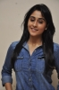 regina-cassandra-at-naa-bangaru-thalli-special-screening-show-photos