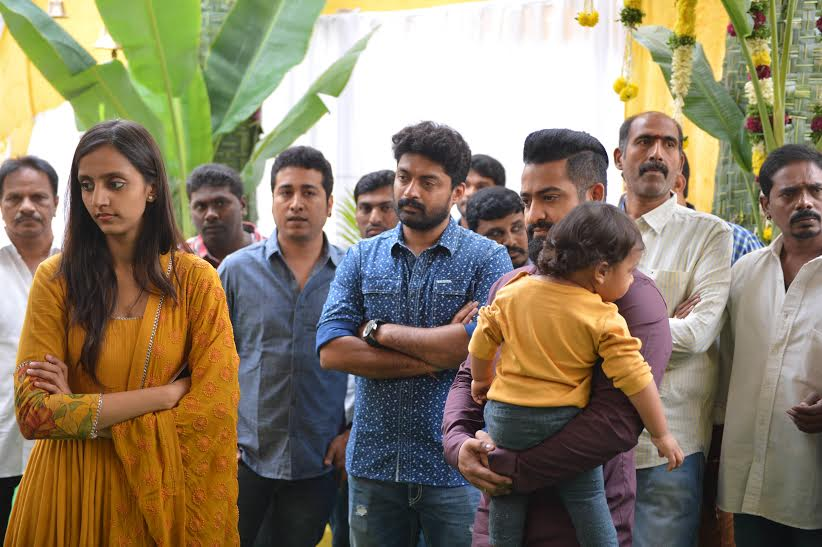 NTR-With-His-Son-Abhay-and-wife-Lakshmi-Pranathi-at-koratala-siva-movie-launch