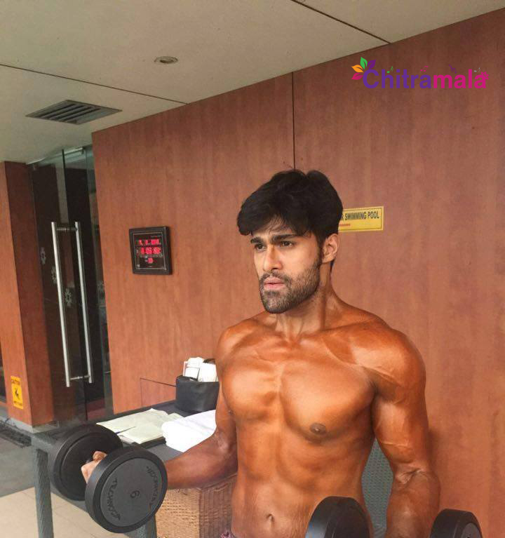 Tollywood heroes six pack photos altavistaventures Choice Image