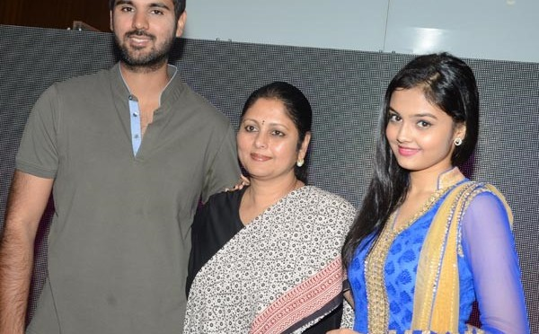 Jayasudha Son Shreyan First Movie First Look and Teaser