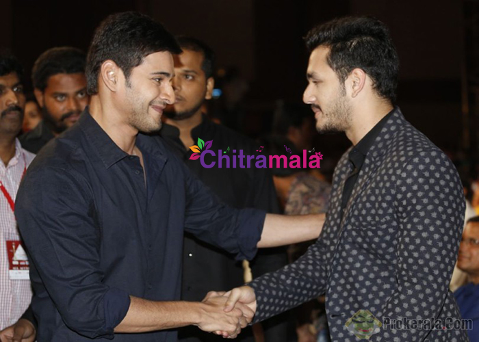 Akhil wants to do a multi starrer with Mahesh Babu