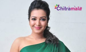 Catherine Tresa Item Song in Chiru 150