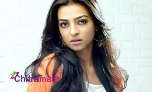 Radhika Apte fired at photographers