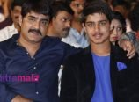 Srikanth and his son Roshan gets International licenses