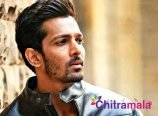 Harshvardhan Rane lend his hands for Mumbai residents